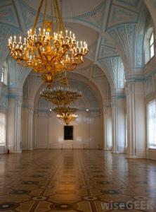 chandelier-in-hall