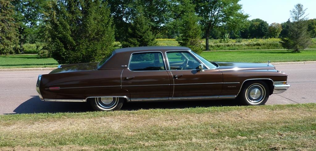 120A_4-1972-Cadillac-Fleetwood-Brougham